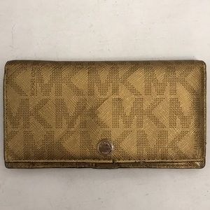 Michael kors gold wallet!